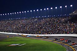 Daytona_500_2009_Finish_under_Caution.jpg