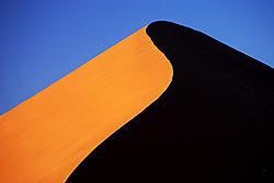 Sossusvlei_dune.jpg