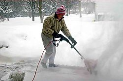 snowshovelKristel6a.jpg
