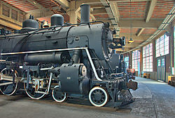 Locomotive_in_the_Round_by_Steven_Gold.jpg