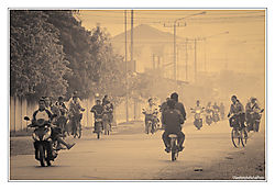 Laos0901_DSC7511-cExf-sExf.jpg