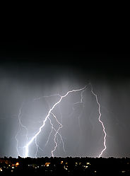 lightning1nik.jpg