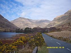 A_road_west_ireland_.JPG