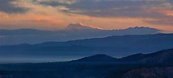 Bryce-sunrise_ridges2.jpg