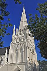 DSC3049_St_Andrews_church.jpg