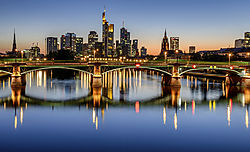 Ed_Wallace_-_02-_Frankfurt_Sunset.jpg