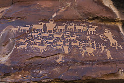 Newspaper_Rock-1524.jpg
