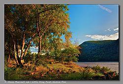 SM12637_-_Version_2_Little_Stony_Point_Hudson_River.jpg