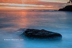 Shaw_Cove_Laguna_Beach_2009-12-28.jpg