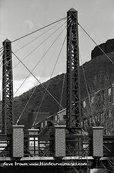 Washington_Bridge_and_Moon1.jpg