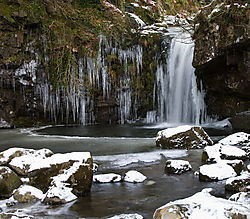 clachan_of_campsie_falls_2.jpg
