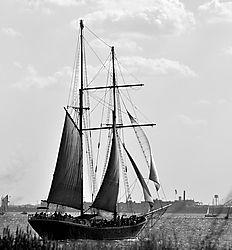 sailboat4.jpg