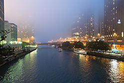 Chicago_River_at_Night-Szuberla.jpg