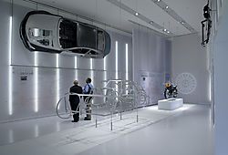 PON3353_bmw_museum.jpg