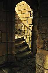 Warkworth_Castle.jpg