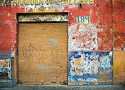 wall184web.jpg