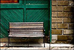 web_bench.jpg