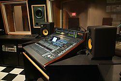 Recording_Studio_3.jpg