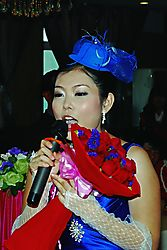Singing_Bride_F.jpg