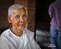 Buddhist_Nun.jpg