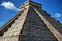 Chichen_Itza_-_Mayan_Ruins3.jpg