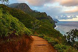 Kalalau_Trail_Early_Morning_Inbound_.jpg