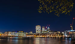 Walkie-talkie_-London.jpg