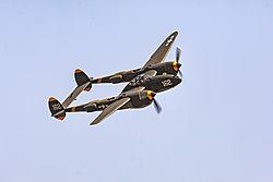Chino_P-38_6.jpg