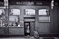 The_Bachelor_Inn.jpg