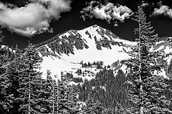 Mount_Rainier-1_Jun_30_2013.jpg