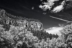 Spearfish_Canyon-1_Jun_26_2013.jpg