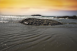 Sunset_at_Tofino_Vancouver_Island.jpg