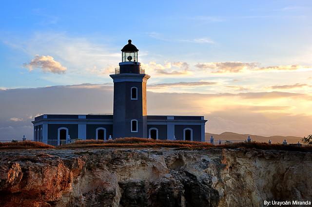 Faro-Cabo-Rojo-Amaneciendo-640