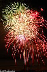 Fireworks_40000.jpg