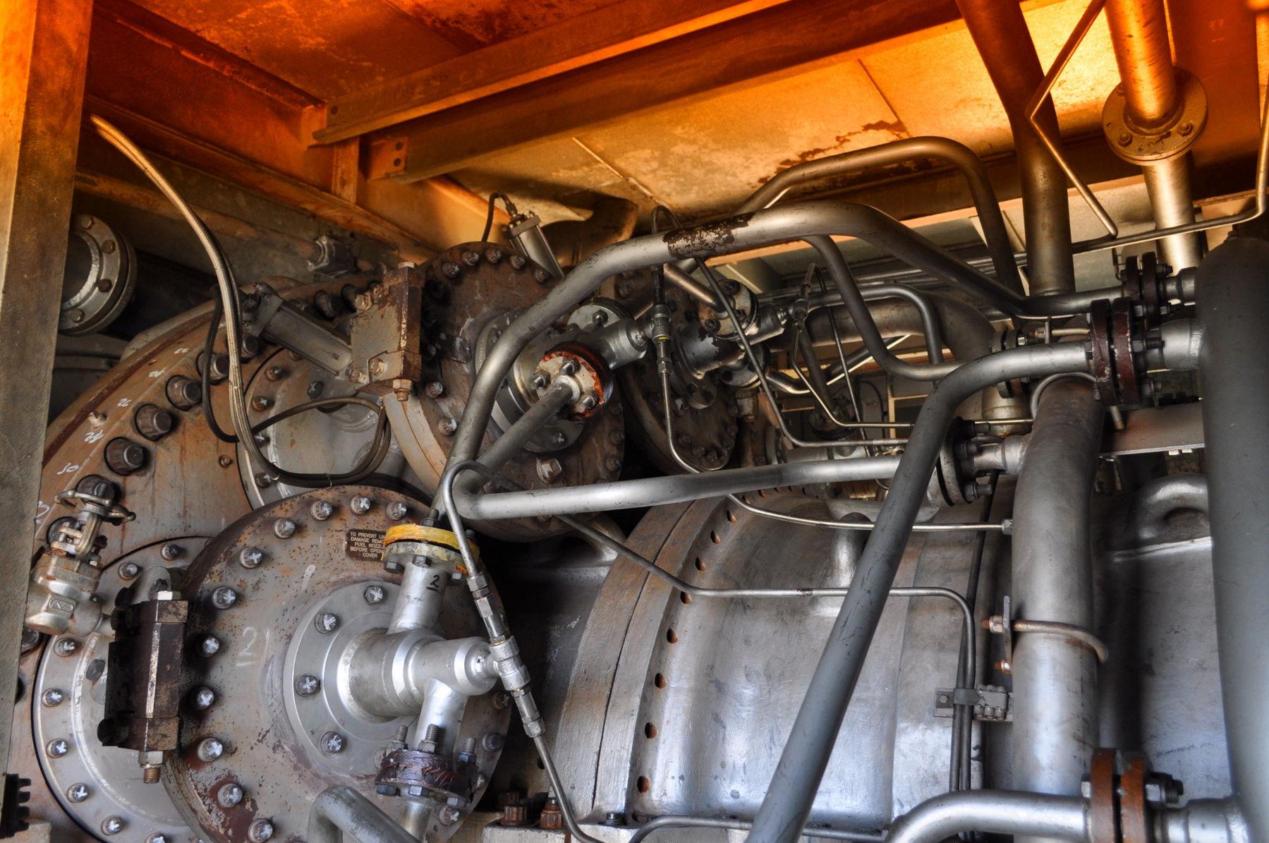 GE Frame 6 gas turbine bustion chambers