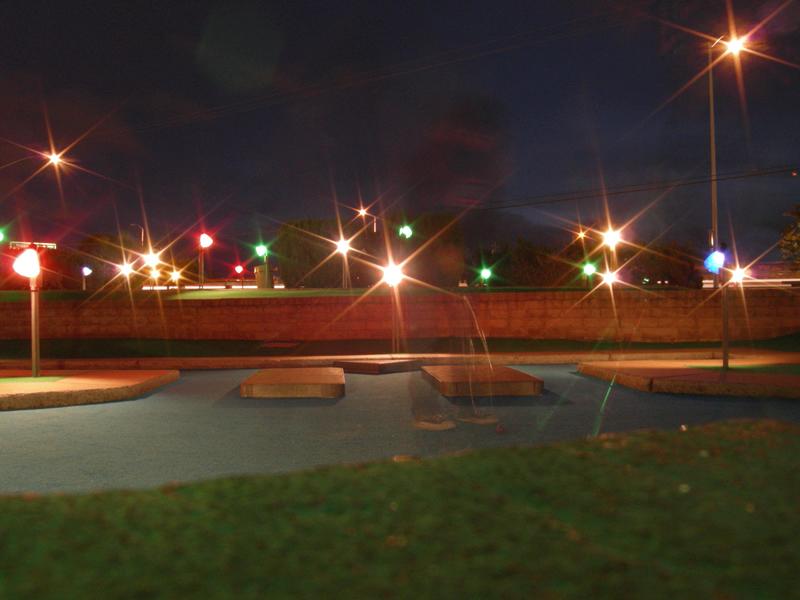 MinigolfatNight