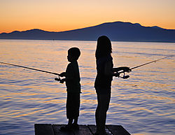 kids_fishing_2_149.JPG