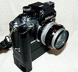 Nikon_F2_002_small.jpg