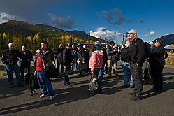 Waiting-for-d-bus_4394-L.jpg