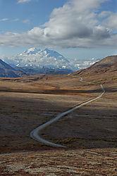 20090907_122512_Mt_McKinley_from_Stony_Hill_Overlook_36_1_miles_away_.jpg