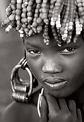 Mursi_beauty.jpg