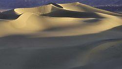 Stovepipe_Wells_Dunes.jpg
