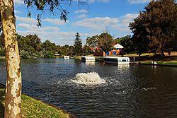 Torrens_River_Boats.jpg