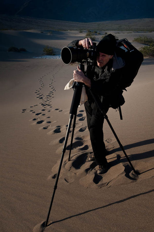 Nikonian Rick Hulbert shooting the Dunes in Death Valley