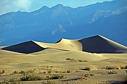 Death_Valley_Dunes1.jpg