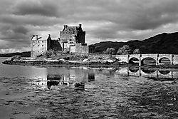 Eilean-Donan-Castle.jpg
