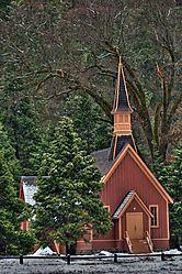 Red_Chapel.jpg
