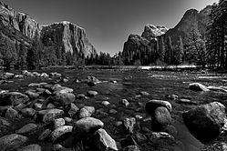 Valley_View_-_B_W.jpg