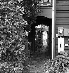 DSC_8875_-_Doorway_B_W.jpg