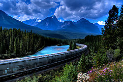 CN-Rail-Rockies.jpg